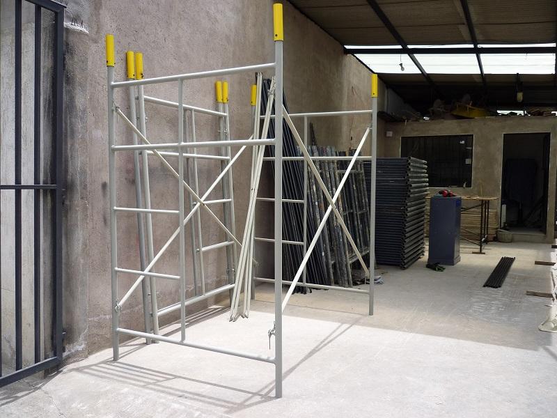 Alquiler de andamios service construcciones for Alquiler de andamios en valencia